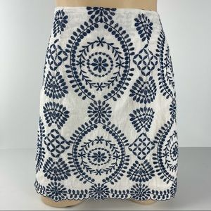 ALLY Size 10 Brocaid Style Navy/White Lined Skirt